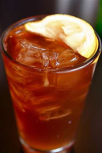 Enjoy sugar-free iced tea this summer