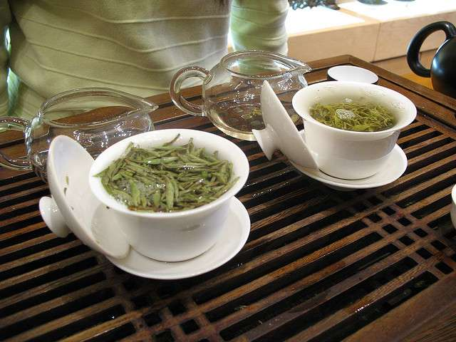 Mecha: Japanese bud tea