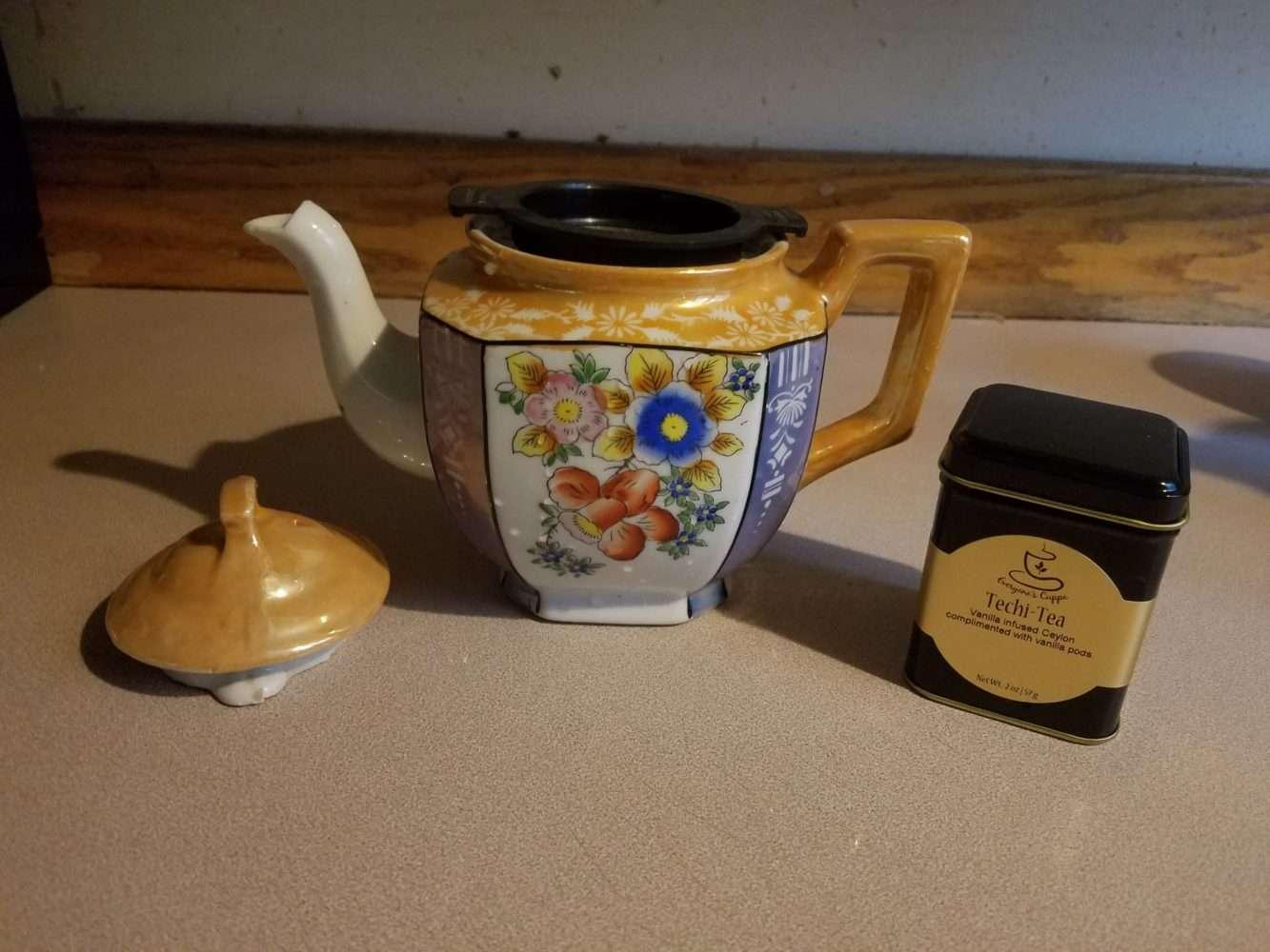 Christmas Tea and Teapots