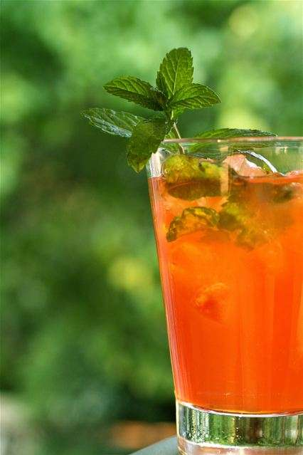 Blast From the Past: Unique and sophisticated tea cocktails for the dog days of summer