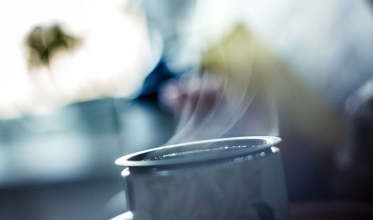 Hot Tea Causes Cancer:  FAKE NEWS!