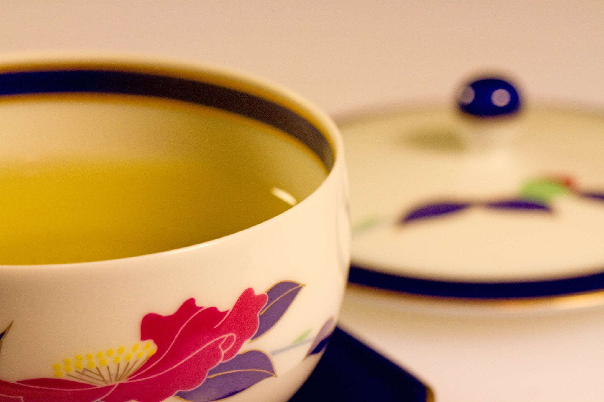 T Ching Classics: Tea and Hair - Photo of green tea